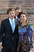 Zijne Hoogheid Prins Floris van Oranje Nassau, van Vollenhoven en mevrouw mr. A.L.A.M. S&ouml;hngen zijn donderdag 20 oktober in het stadhuis van Naarden in het burgelijk huwelijk getreden. De prins is de jongste zoon van Prinses Magriet en Pieter van Vollenhoven.<br /> <br /> 20OCT, 2005 - Civil Wedding Prince Floris and Aim&eacute;e S&ouml;hngen. <br /> <br /> Civil Wedding Prince Floris and Aim&eacute;e S&ouml;hngen in Naarden. The Prince is the youngest son of Princess Margriet, Queen Beatrix's sister, and Pieter van Vollenhoven. <br /> <br /> Op de foto / On the photo;<br /> <br /> <br /> Zijne Hoogheid Prins Pieter-Christiaan van Orjanje-Nassau, van Vollenhoven en Hare Hoogheid Prinses Anita van Oranje-Nassau, van Vollenhoven<br /> <br /> His highness prince Pieter-Christiaan van Orjanje-Nassau, of Vollenhoven and her highness princess Anita van Oranje-Nassau, of Vollenhoven
