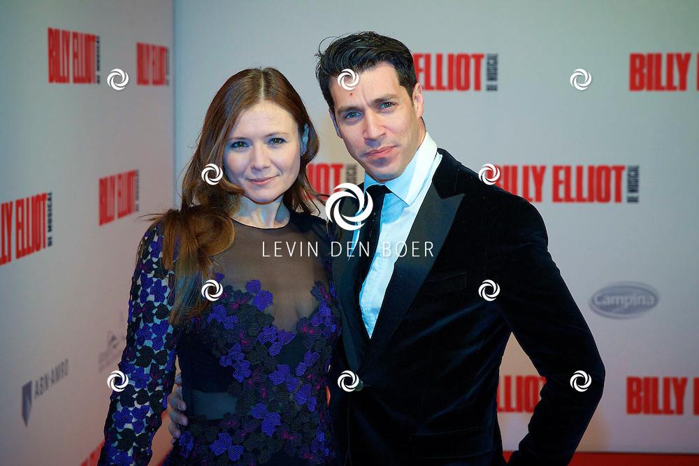 DEN HAAG - In het Afas Theater is de Nederlandse Premiere van Billy Eliot. Met hier op de foto Celine Purcell met partner Oren Schrijver. FOTO LEVIN DEN BOER - PERSFOTO.NU