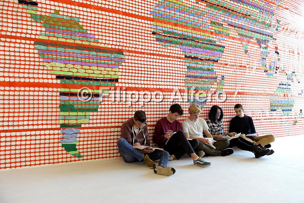 &copy; Filippo Alfero<br /> Salone del Libro 2017<br /> Torino, 20/05/2017<br /> Nella foto: vitainsalto, giovani lettori