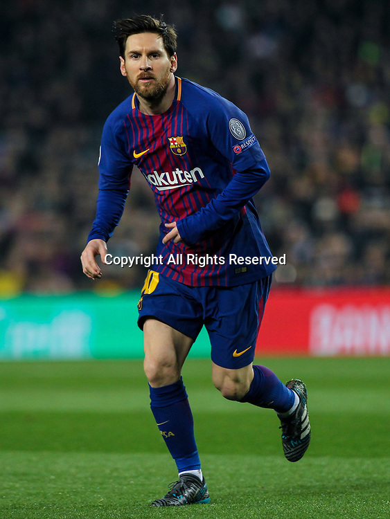 14th March 2018, Camp Nou, Barcelona, Spain; UEFA Champions League football, round of 16, 2nd leg, FC Barcelona versus Chelsea; Lionel Messi, #10 of Barcelona watches play take shape