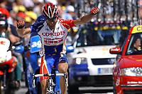 CYCLING - TOUR DE FRANCE 2004 - STAGE 11 - SAINT FLOUR > FIGEAC - 15/07/2004 - PHOTO: FRANCK FAUGERE / DIGITALSPORT     <br /> DAVID MONCOUTIE (FRA) / COFIDIS - WINNER