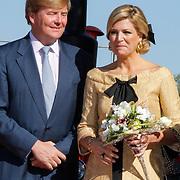 NLD/Rhenen/20120430 - Koninginnedag 2012 Rhenen, Willem -Alexander en partner Maxima