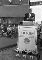 Taoiseach Garret Fitzgerald opened the first Toll Bridge for Motorists in Ireland, The Lord Mayor of Dublin Cllr Michael O'Halloran and Fianna Fail Leader Charles Haughey were in attendance, 21/10/1984 (Part of the Independent Newspapers Ireland/NLI Collection).