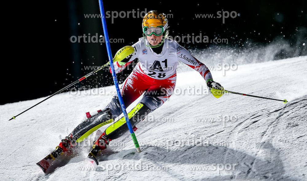 13.01.2015, Hermann Maier Weltcupstrecke, Flachau, AUT, FIS Weltcup Ski Alpin, Flachau, Slalom, Damen, 1. Lauf, im Bild Christina Ager (AUT) // Christina Ager of Austria in action during 1st run of the ladie's Slalom of the FIS Ski Alpine World Cup at the Hermann Maier Weltcupstrecke in Flachau, Austria on 2015/01/13. EXPA Pictures © 2015, PhotoCredit: EXPA/ Johann Groder