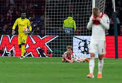 08-05-2019 NED: Semi Final Champions League AFC Ajax - Tottenham Hotspur, Amsterdam<br /> After a dramatic ending, Ajax has not been able to reach the final of the Champions League. In the final second Tottenham Hotspur scored 3-2 / Andre Onana #24 of Ajax, Frenkie de Jong #21 of Ajax