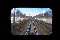 Russie, Siberie, train transsiberien, paysage sur le trajet en Siberie // Russia, Trans-Siberian train in Siberia, Siberan landscape through the window