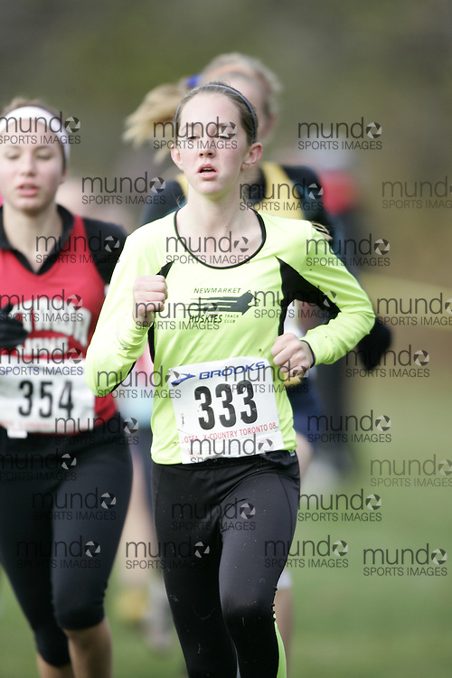 Toronto, Ontario ---16/11/08--- KAYLA DEIGHAN runs in the midget girls race at the 2008 OTFA Cross Country Championships in Toronto, Ontario, November 16, 2008. .GEOFF ROBINS/ Mundo Sport Images