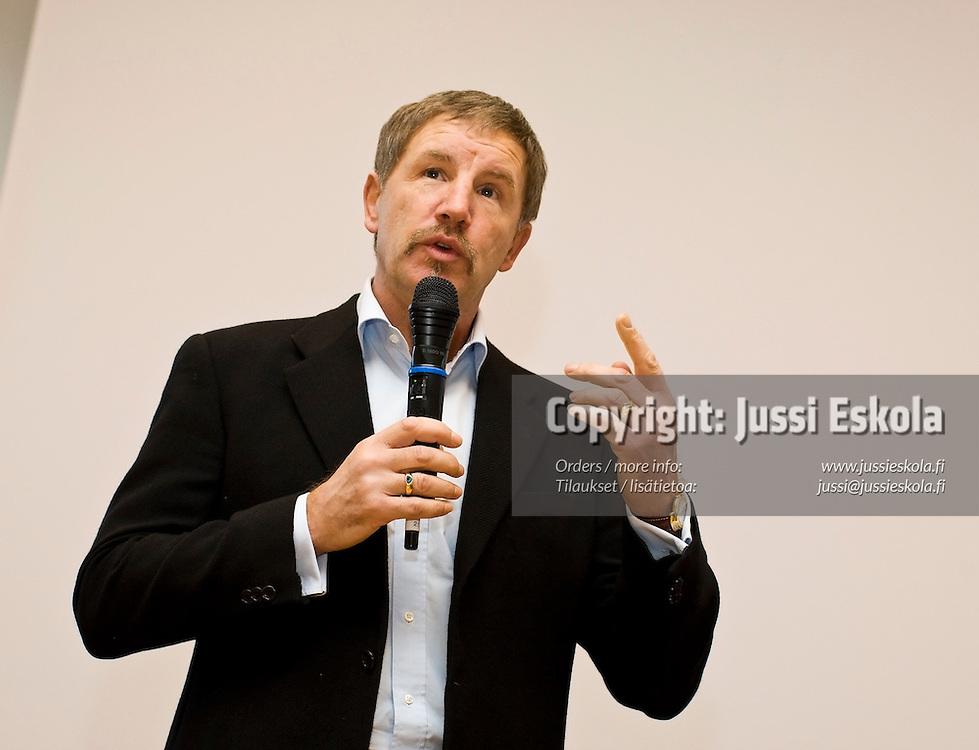 Stuart Baxter. SPL:n Visio 2020 -tilaisuus. 28.1.2008. Photo: Jussi Eskola