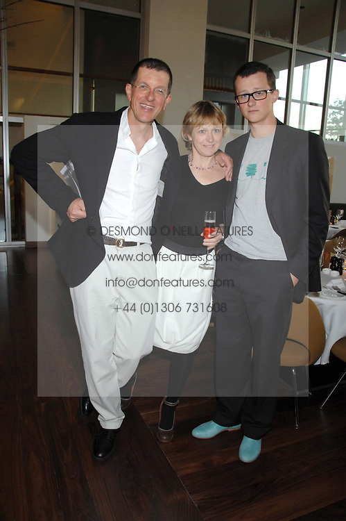 Left to right, ANTONY GORMLEY, his wife VICKEN PARSONS and their son IVO GORMLEY at a dinner hosted by Vogue in honour of Antony Gormley held at the new Skylon restaurant at the refurbished Royal Festival Hall, South Bank, London on 22nd May 2007.<br /><br />NON EXCLUSIVE - WORLD RIGHTS