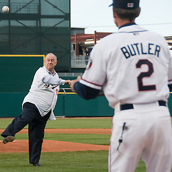 Reno Mayor Bob Cashell throwing out the ceremonial first pitch in 2009. Photo by David Calvert/Reno Aces