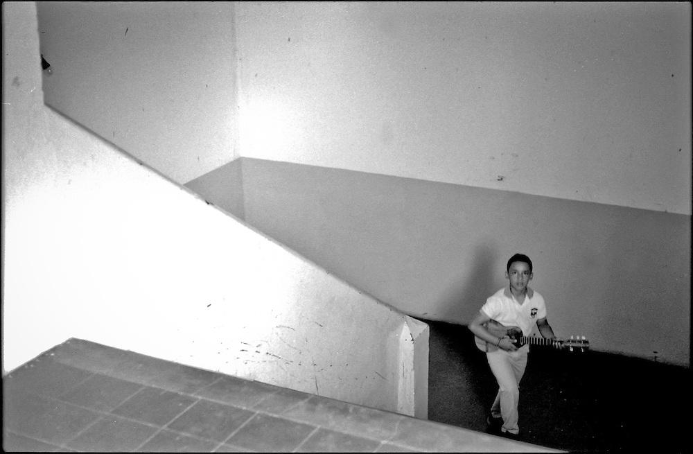 NI—OS DE PORAI - Homenaje a Mariano Diaz.Photography by Aaron Sosa.El Tocuyo, Estado Lara - Venezuela 2004.(Copyright © Aaron Sosa)