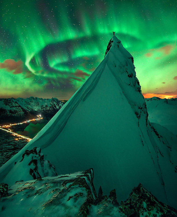 Lofoten, Norway, fjord, aurora, northern light, winter, photography, mountains, max rive
