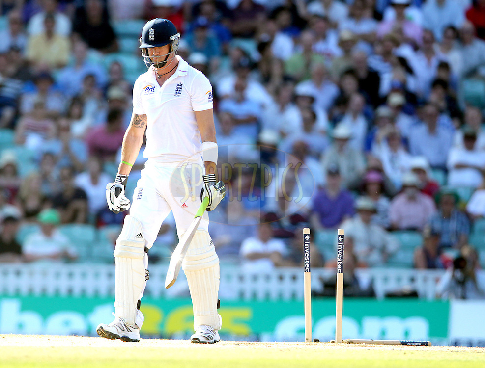 © Andrew Fosker / Seconds Left Images 2012 -  England's Kevin Pietersen 's middle stump lies uprooted after being bowled by South Africa's Morne Morkel for 16   England v South Africa - 1st Investec Test Match -  Day  4 - The Oval  - London - 22/07/2012