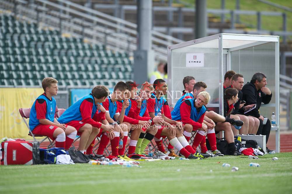 COLWYN BAY, WALES - Tuesday, August 28, 2012: Wales' substitute's bench against Poland during the International Friendly Under-16's match at Eirias Park. (Pic by David Rawcliffe/Propaganda)