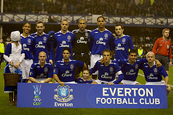 Liverpool, England - Wednesday, December 5, 2007: Everton players line-up for a team photo before the UEFA Cup Group A match against Zenit St. Petersburg at Goodison Park. Back row L-R: Steven Pienaar, James McFadden, Phil Jagielka, goalkeeper Tim Howard, Joleon Lescott, Leighton Baines. Front row L-R: Andrew Johnson, Mikel Arteta, Gary Neville, Tim Cahill, Lee Carsley. (Photo by David Rawcliffe/Propaganda)