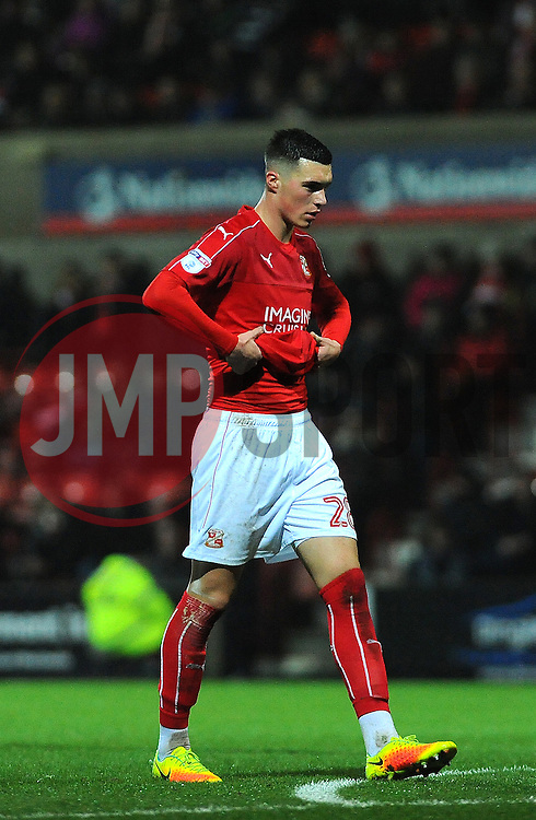 Lloyd Jones of Swindon Town cuts a dejected figure after the final whistle- Mandatory by-line: Nizaam Jones/JMP - 07/01/2017 - FOOTBALL - County Ground - Swindon, England - Swindon Town v Shrewsbury Town - Sky Bet League One