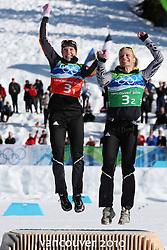 OLYMPISCHE SPIELE: Winterspiele Vancouver 2010, Langlauf, Team, Sprint, Damen, Whistler, 22.02.2010<br /> Jubel von Siegerin  Evi SACHENBACHER-STEHLE (l.) und Claudia NYSTAD (beide GER)<br /> © pixathlon *** Local Caption *** +++ www.hoch-zwei.net +++ copyright: HOCH ZWEI / Malte Christians +++