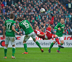 01.03.2014, Weserstadion, Bremen, GER, 1. FBL, SV Werder Bremen vs Hamburger SV, 23. Runde, im Bild Pierre-Michel Lasogga (Hamburger SV #20) beim Fallrueckzieher // Pierre-Michel Lasogga (Hamburger SV #20) beim Fallrueckzieher during the German Bundesliga 23th round match between SV Werder Bremen and Hamburger SV at the Weserstadion in Bremen, Germany on 2014/03/02. EXPA Pictures © 2014, PhotoCredit: EXPA/ Andreas Gumz<br /> <br /> *****ATTENTION - OUT of GER*****