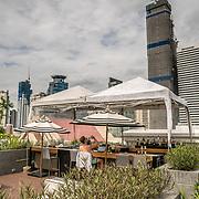 THA/Pattaya/20180722 - Vakantie Thailand 2018, Pattaya, hotel poolbar