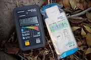 Radiation in the village Shidamyo is higher than two Geiger counters can measure, Fukushima Prefecture, Japan <br /> <br /> Radioaktiviteten på marken i byn Shidamyo är högre än dessa vad två geigermätare kan mäta. Fukushima Prefektur, Japan