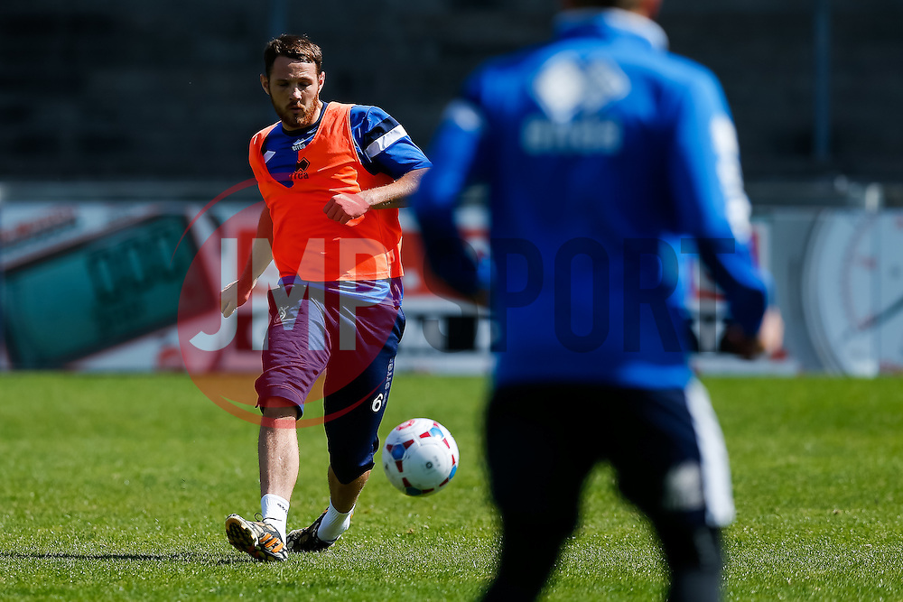 Tom Parkes takes part in Bristol Rovers training before Sundays Vanamara Conference Play Off Final match against Grimsby Town at Wembley Stadium for promotion to the Football League 2 - Photo mandatory by-line: Rogan Thomson/JMP - 07966 386802 - 12/05/2015 - SPORT - FOOTBALL - Bristol, England - Memorial Stadium - Bristol Rovers Play Off Final Previews - Vanarama Conference Premier.