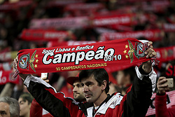 February 3, 2018 - Lisbon, Portugal - Benfica supporter waving a scarf during the Portuguese League  football match between SL Benfica and Rio Ave FC at Luz  Stadium in Lisbon on February 3, 2018. (Credit Image: © Carlos Costa/NurPhoto via ZUMA Press)