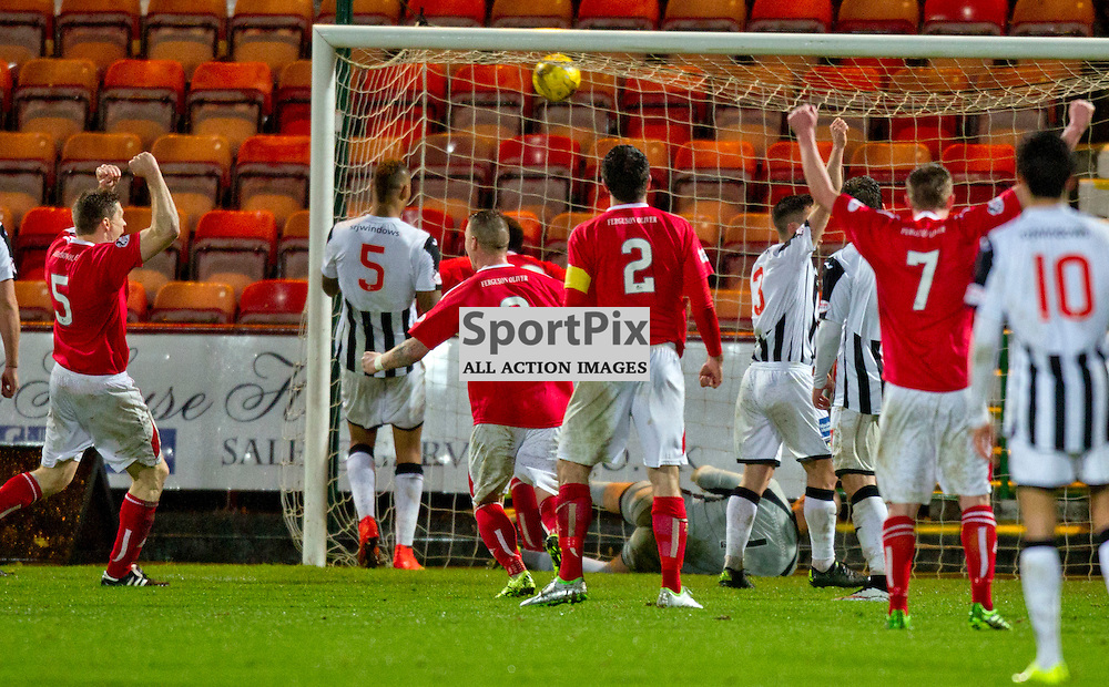 Dunfermline Athletic v Brechin City SPFL League One Season 2015/16 East End Park 05 December 2015<br /> Isaac Layne scores to make it 2-1<br /> CRAIG BROWN | sportPix.org.uk