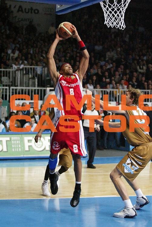 DESCRIZIONE : Cantu Lega A1 2006-07 Tisettanta Cantu Whirlpool Varese<br /> GIOCATORE : Holland<br /> SQUADRA : Whirlpool Varese<br /> EVENTO : Campionato Lega A1 2006-2007 <br /> GARA : Tisettanta Cantu Whirlpool Varese<br /> DATA : 14/01/2007 <br /> CATEGORIA : Tiro<br /> SPORT : Pallacanestro <br /> AUTORE : Agenzia Ciamillo-Castoria/G.Cottini
