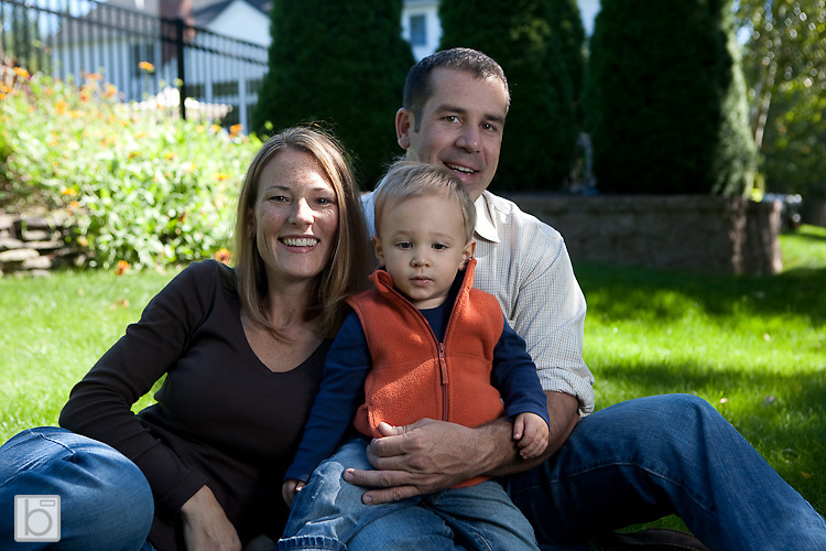 Sep 19, 2009:  E-session for Kristine Bradke and Jeff Abele at their home in Albany N.Y. (Photo ©Todd Bissonette)