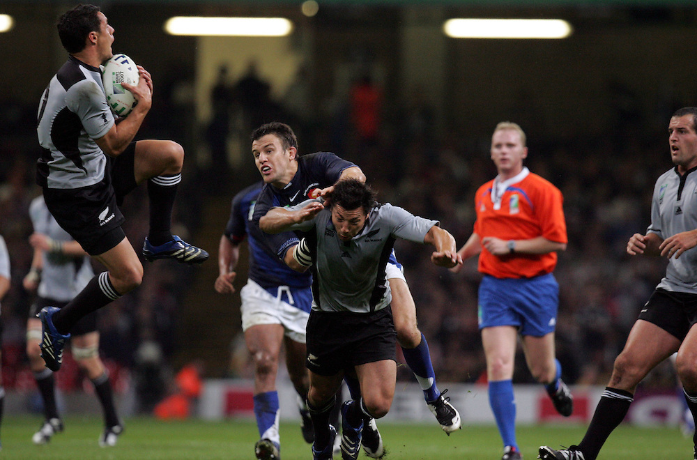 Dan Carter catches the ball. France v New Zealand, Quarter Final 2, IRB Rugby World Cup 2007, Millenium Stadium, Cardiff, Wales, 6th October 2007.
