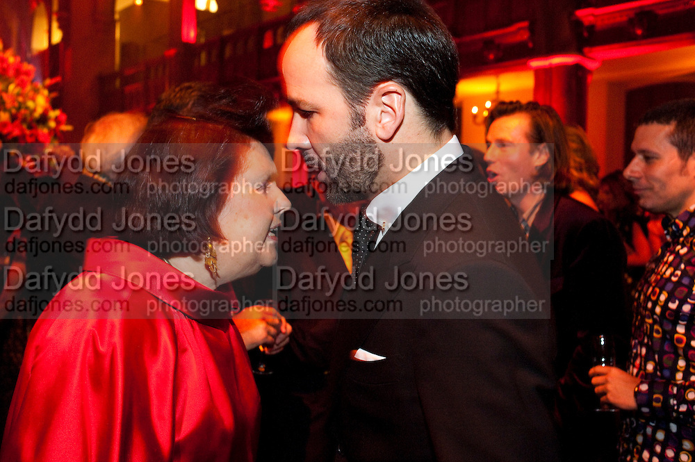 SUZY MENKES; TOM FORD, IMG HERALD TRIBUNE HERITAGE LUXURY PARTY.- Celebration of Heritage Luxury and 10 years of the International Herald Tribune Luxury Conferences. North Audley St. London. 9 November 2010. -DO NOT ARCHIVE-© Copyright Photograph by Dafydd Jones. 248 Clapham Rd. London SW9 0PZ. Tel 0207 820 0771. www.dafjones.com.