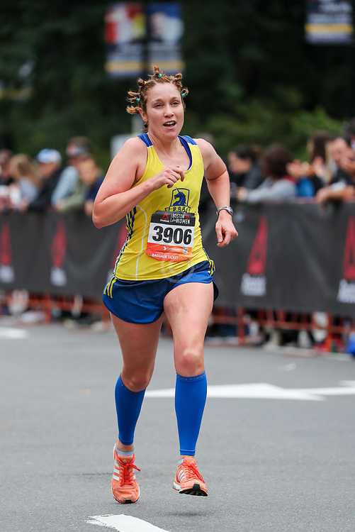 2018 Reebok 10K For Women<br /> <br /> photo © Kevin Morris<br /> kevinmorris@mac.com<br /> 207-522-5807