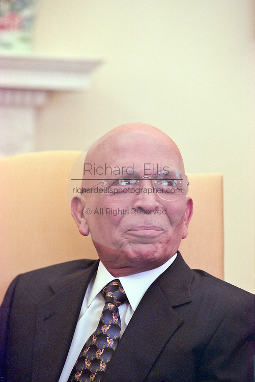 King Hussein of Jordan at the White House in Washington January 5, 1999 in Washington, DC. The King Hussein is on his way home after six months of cancer treatment in the United States.