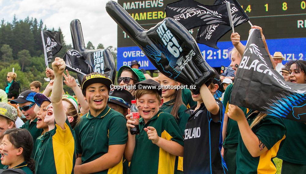 General View during the first test in the ANZ International Series, Test Match cricket match between the New Zealand Blackcaps v Sri Lanka held at the University Oval, Dunedin. 10 December 2015. Photo: Joseph Johnson / www.photosport.nz