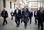 Martin Schulz and Enrico Letta walk together