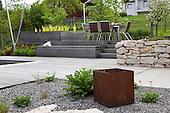Modern Garden 824