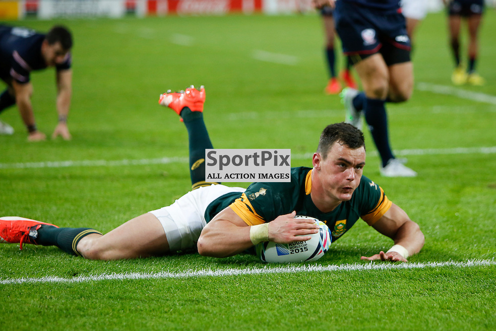 LONDON, ENGLAND - OCTOBER 7:  Jesse Kriel of South Africa scores during the 2015 Rugby World Cup Pool B match between South Africa and USA at The Stadium, Queen Elizabeth Olympic Park on October 7, 2015 in London, England. (Credit: SAM TODD   SportPix.org.uk)
