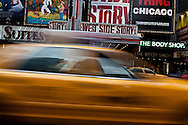 New York. Times square. traffic in times square and broadway at night  New York  Usa /  circulation; Times square et broadway la nuit
