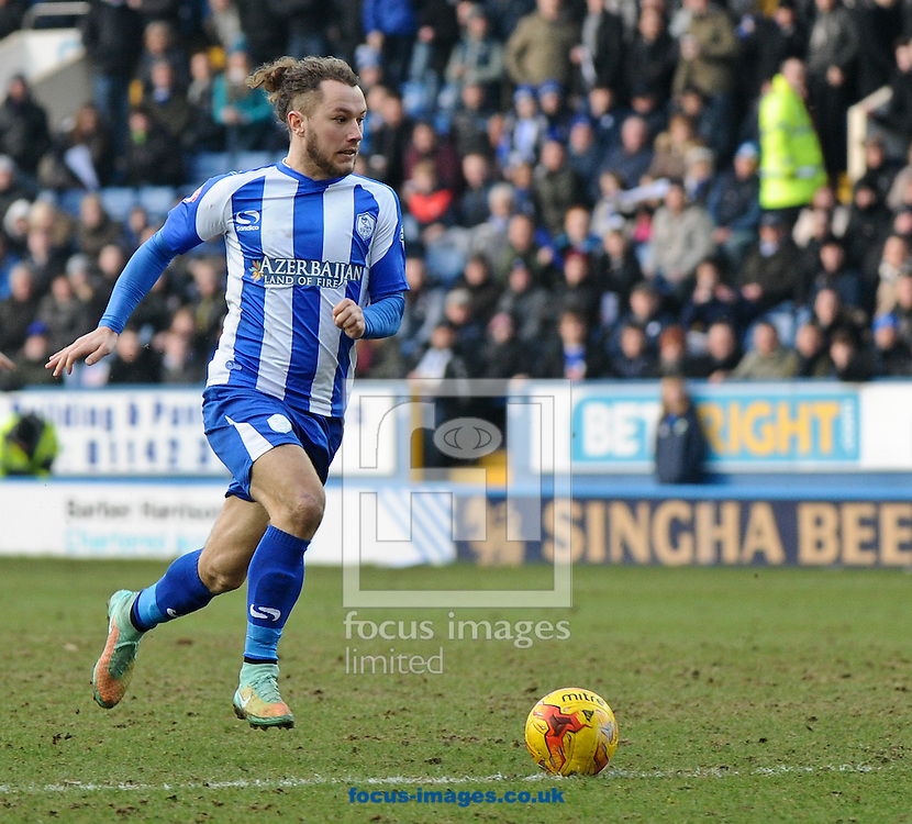 Stevie May of Sheffield Wednesday breaks into the box early in the 2nd half during the Sky Bet Championship match at Hillsborough, Sheffield<br /> Picture by Richard Land/Focus Images Ltd +44 7713 507003<br /> 07/02/2015