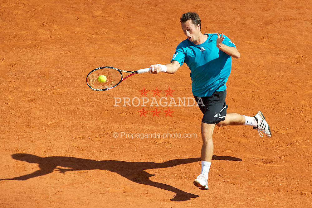 MONTE-CARLO, MONACO - Wednesday, April 14, 2010: Philipp Kohlschreiber (GER) in action during the Men's Singles 2nd Round on day three of the ATP Masters Series Monte-Carlo at the Monte-Carlo Country Club. (Photo by David Rawcliffe/Propaganda)