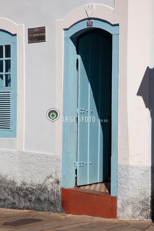 Goias Velho. O municipio foi reconhecido em 2001 pela UNESCO como sendo Patrimonio Historico e Cultural Mundial por sua arquitetura barroca / Goias (also known as Goias Velho, Old Goias) is a small city and municipality in the state of Goias in Brazil. In 2002, it became a UNESCO World Heritage Site.