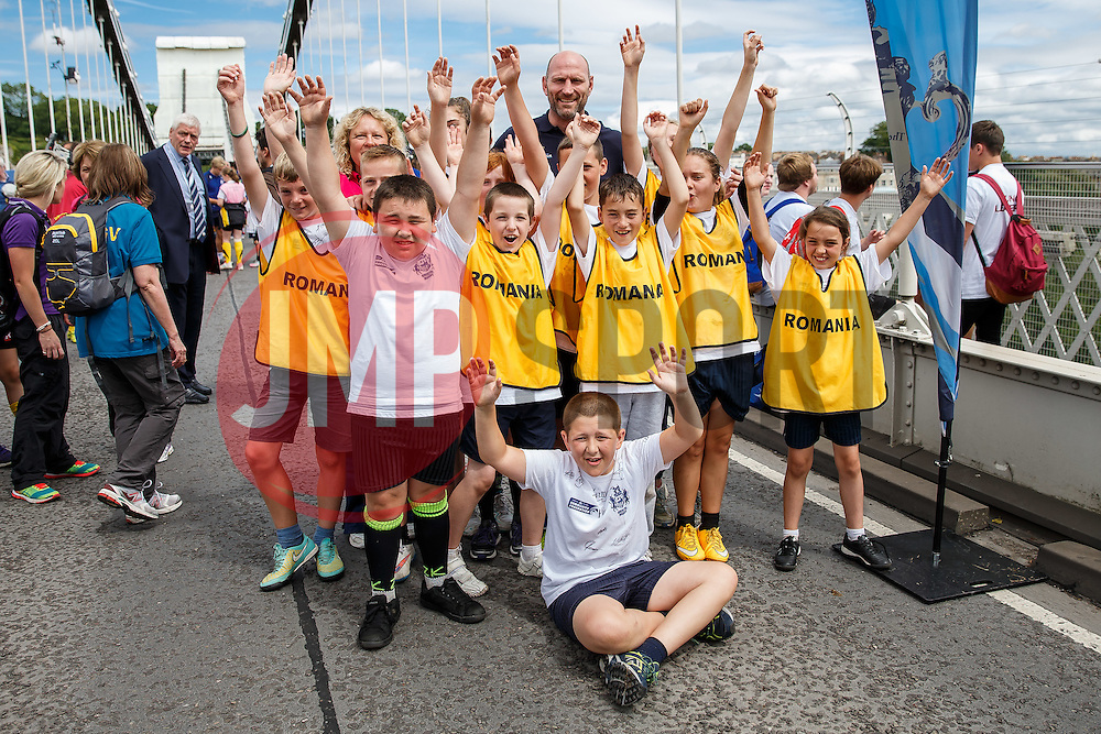 Local Junior Schools pose with England World Cup Winner Lawrence Dallaglio and take part in activities on the iconic Clifton Suspension Bridge with Bristol Rugby Players - Mandatory byline: Rogan Thomson/JMP - 07966 386802 - 14/07/2015 - SPORT - RUGBY UNION - Bristol, England - Clifton Suspension Bridge - Webb Ellis Cup visits Bristol as part of the 2015 Rugby World Cup Trophy Tour