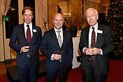 Officiële overdracht plaats van Paleis Soestdijk.<br /> <br /> Op de foto: Cees Wijburg , Raymond Knops, staatssecretaris van Binnenlandse Zaken en Koninkrijksrelaties en Herman Tjeenk Willink