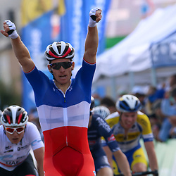 16-09-2020: wielrennen: Luxemburg: Hesperange <br />Arnaud Démare has put the second stage of the Tour of Luxembourg behind his name. For a long time he was ridden neutralised in protest because of the dangerous conditions. After the peloton was restarted, a sprint was made in Hesperange for the win.