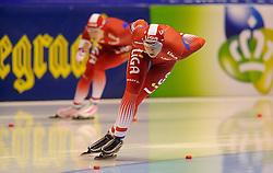 28-12-2010 SCHAATSEN: KPN NK ALLROUND EN SPRINT: HEERENVEEN<br /> Annette Gerritsen en Margot Boer<br /> ©2010-WWW.FOTOHOOGENDOORN.NL