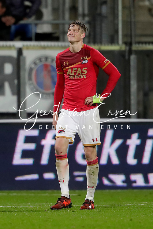 Wout Weghorst of AZ Alkmaar leaving the pitch after receiving a red card