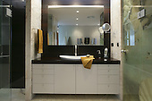 Modern Bathroom 252