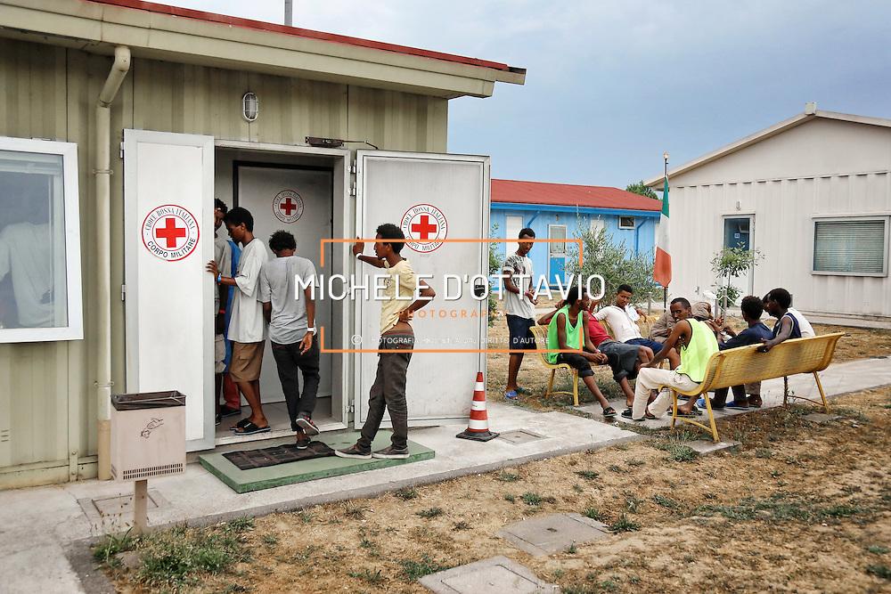 17 luglio 2015. Centro polifunzionale della Croce Rossa a Settimo Torinese &egrave; l&rsquo;hub temporaneo per i profughi in arrivo in Piemonte.<br /> Ogni anno presso il centro passano circa 16.000 migranti.