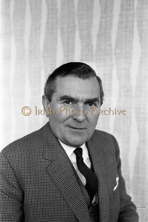 20/03/1963<br /> 03/20/1963<br /> 20 March 1963 <br /> Mr. John Ware, Manager of W.D. & H.O., Wills and William Clarke and Son. of Dublin and Cork. Mr Ware was about to go to Bristol to take up the job of Assistant to W.S.J. Carter who was succeeding to the post of Managing Director of the Firm. Mr Carter had been born in Ireland and held a degree in Law and Arts from Trinity College Dublin.