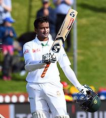 Wellington-Cricket, New Zealand v Bangladesh, 1st test, Day 2